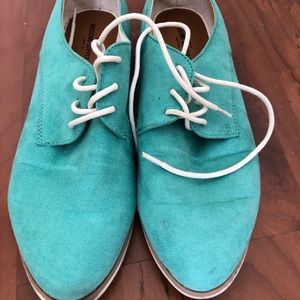 Mint suede oxford shoes